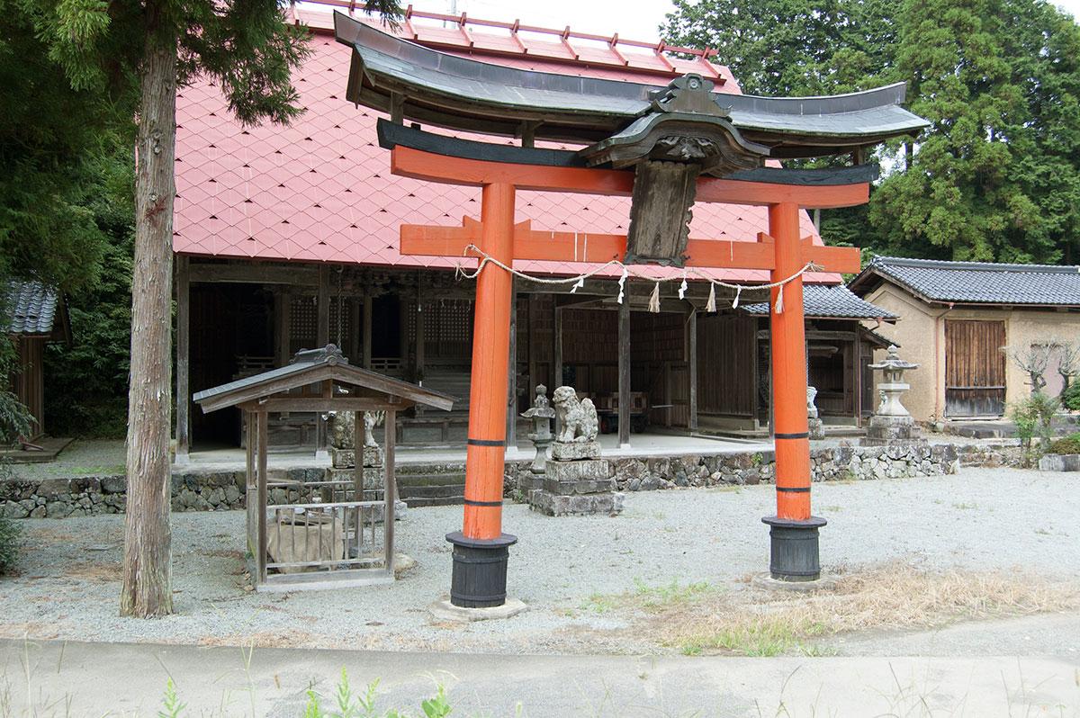 梅田神社|福知山市三和町菟原下